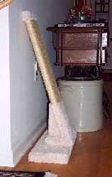 A Low profile, extra wide, completely portable sisal rope scratcher.